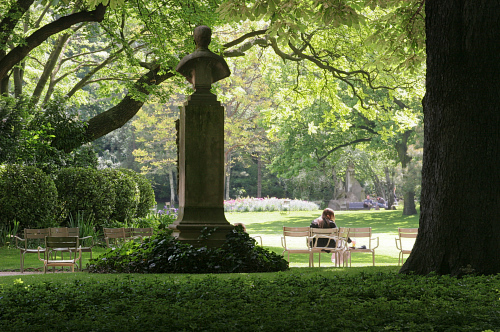 May 2012 astrid volquardsen for Jardin du luxembourg hours